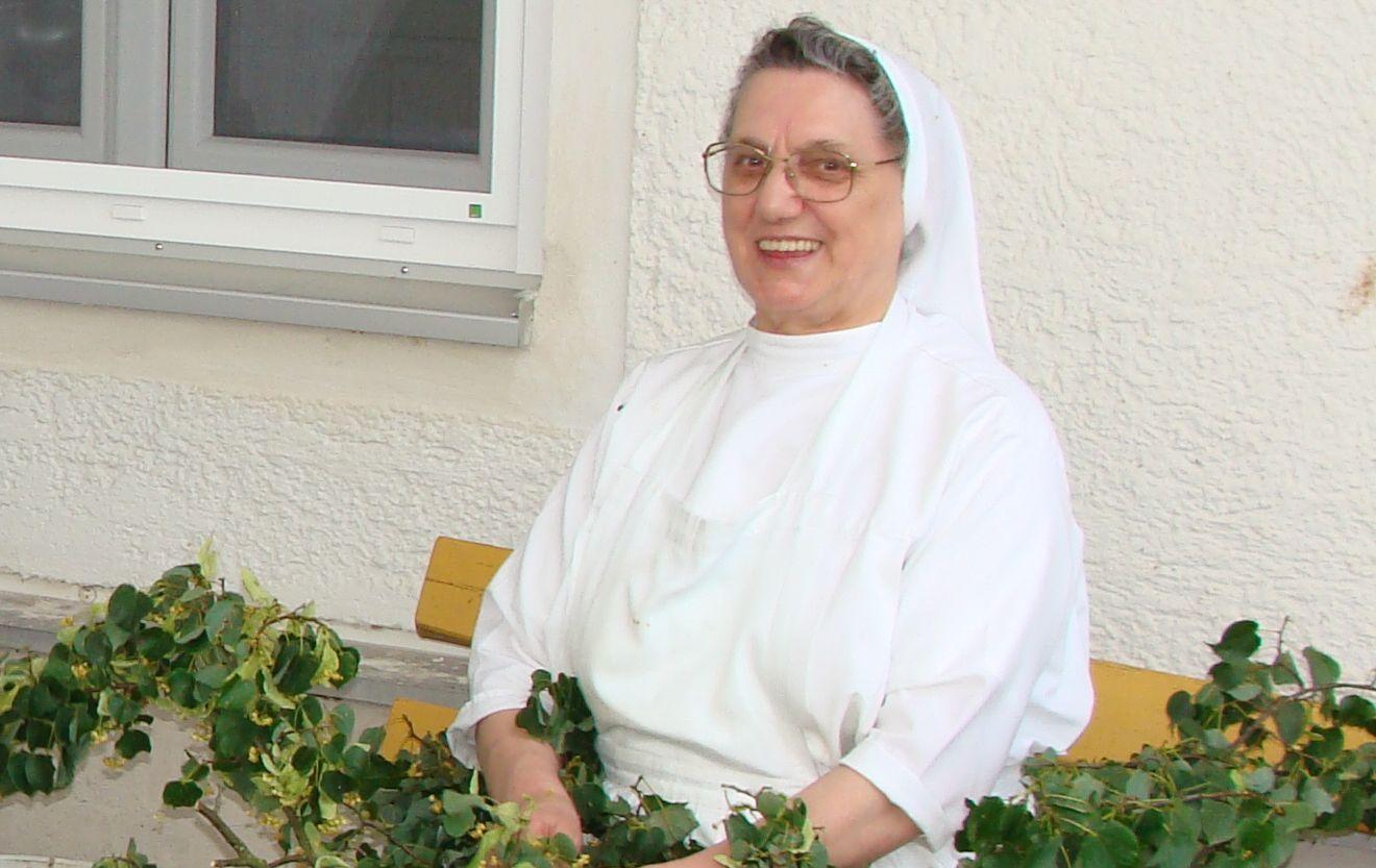 aktuelles - benediktinerinnen der anbetung kloster st. scholastika, Einladung